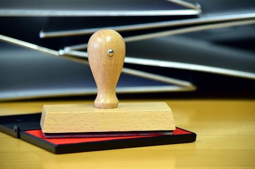 Adeguamento statuti e notaio
